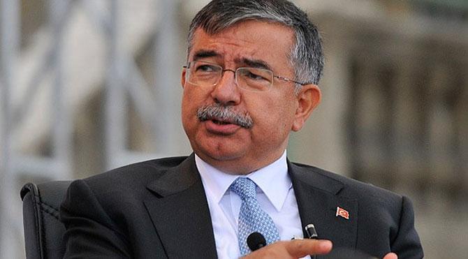 Turkish Minister of Education İsmet Yılmaz